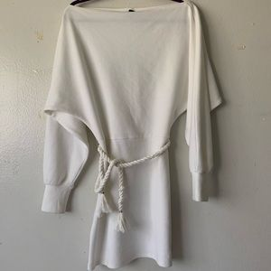 Dresses & Skirts - White boat neck dress